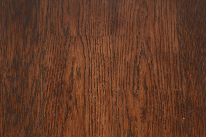 Red Oak Flooring has a sapwood and heartwood that are similar in ...