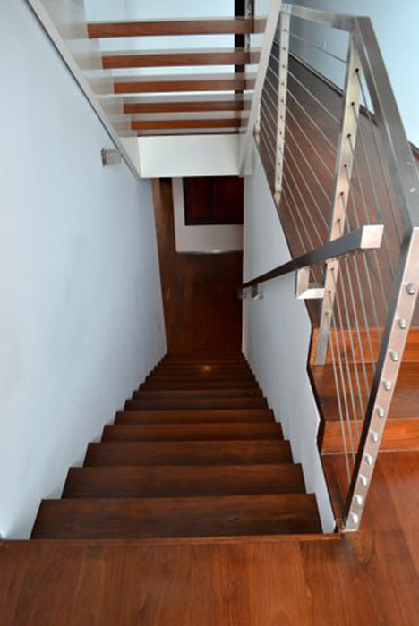 Merveilleux Reclaimed Wood Stairs U0026 Stair Parts